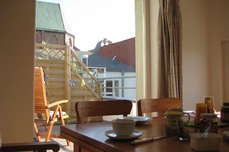 Oase mit Dachterrasse in Stralsund! - Stralsund - Lägenhet