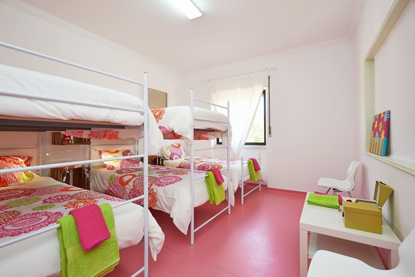 Community girl room
