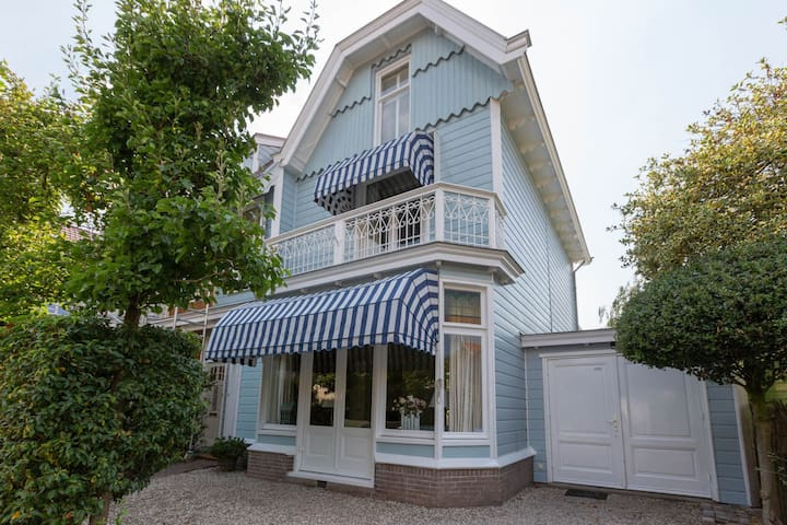 Family house with character close to Amsterdam