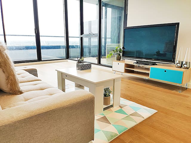 FreeParking+Netflix Luxury Cozy 1Bedroom+Gym+Pool