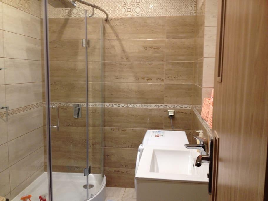 Lazienka /Salle de bain