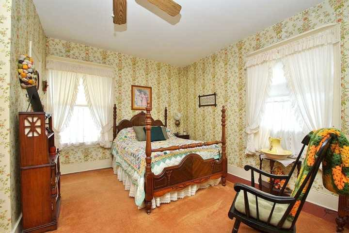The Marigold Room | Stay 2 Nights 3rd Night FREE! - Mount Jackson - Bed & Breakfast