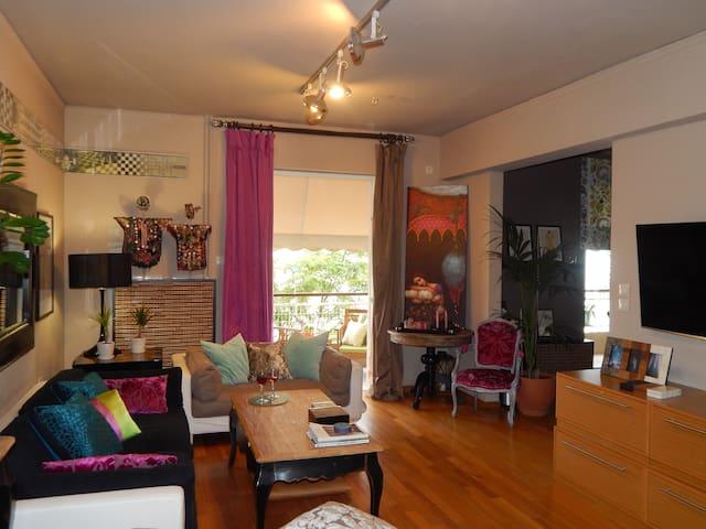 Fresh Interior Designer's Apartment