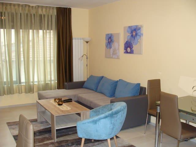 New & Cozy Apartment in the Heart of Sofia