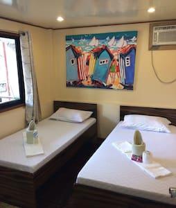 Double Room El Nido - 2 single beds, air con,charm - El Nido - Casa de hóspedes