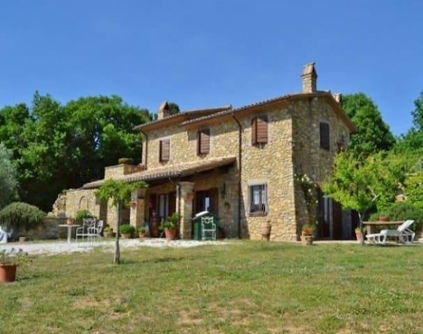 Casa Vacanze Checchera - Parrano - House