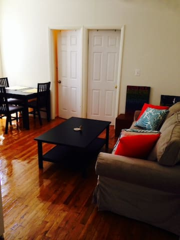 Private room in 2B East Village!