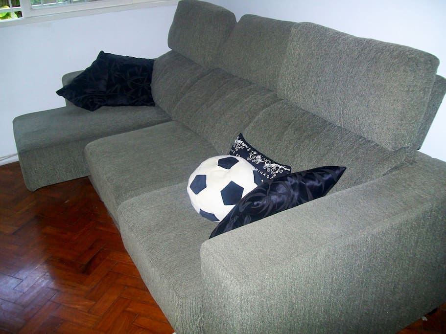 Confortable couch in the TV room