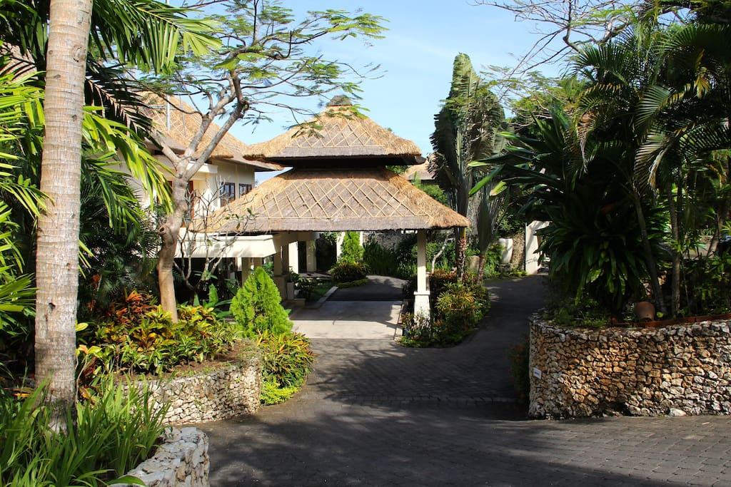 Karma Kandara resort entrance