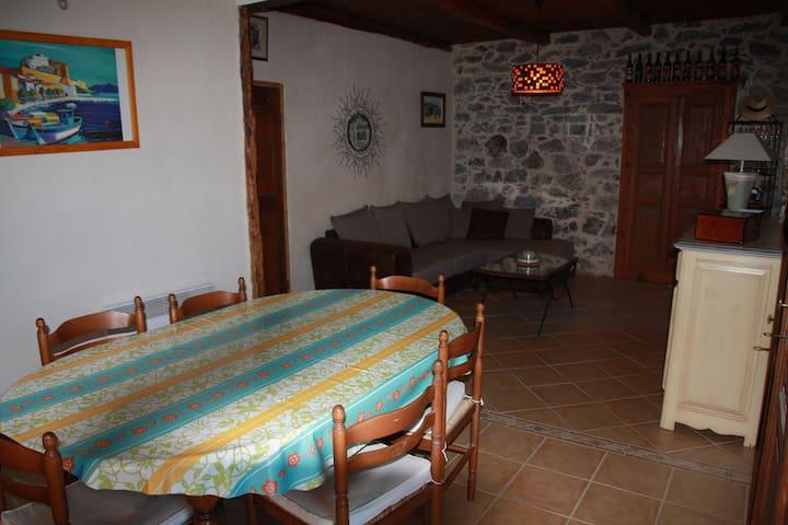 Maison typique Corse au coeur de Calenzana - Montegrosso - Dom