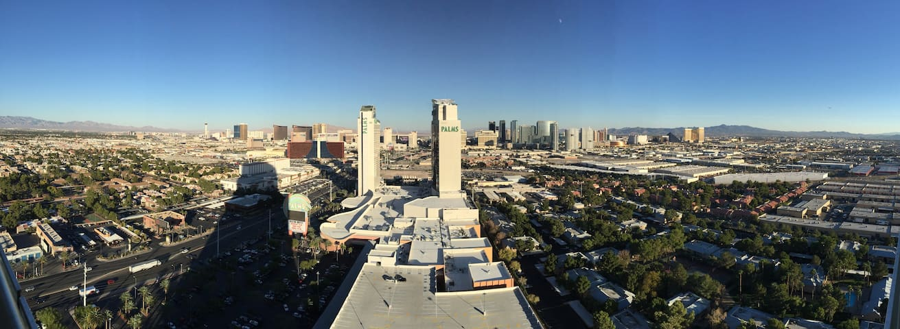 Palms Place 30th Floor Strip View Luxury Studio - Лас-Вегас - Бутик-отель
