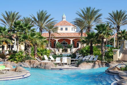 Regal Palms, minutes from Disney World, Attractions, Shopping & Golf, Free WiFi - Davenport