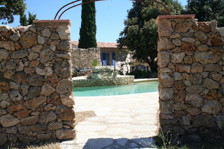 Villa in TourTour village with Pool - Tourtour - Vila