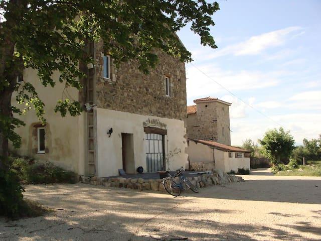 Les Hauts de Meyras, stunning site - Tournon-sur-Rhône - Lejlighed