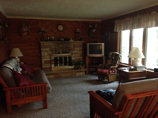 Lazy Loon Loft on Five Lakes - Farwell - Chatka