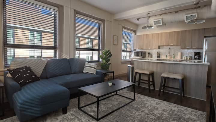 Relaxing 1BR in Wichita with Gym and Pool