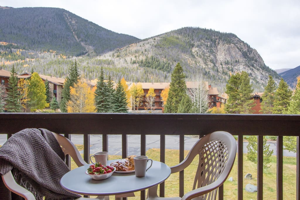 An amazing view to enjoy a wonderful breakfast. (breakfast not included)