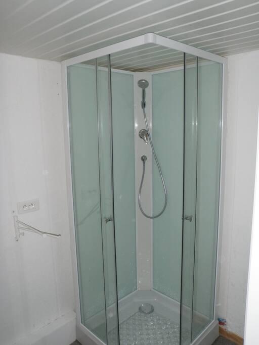 La petite douche