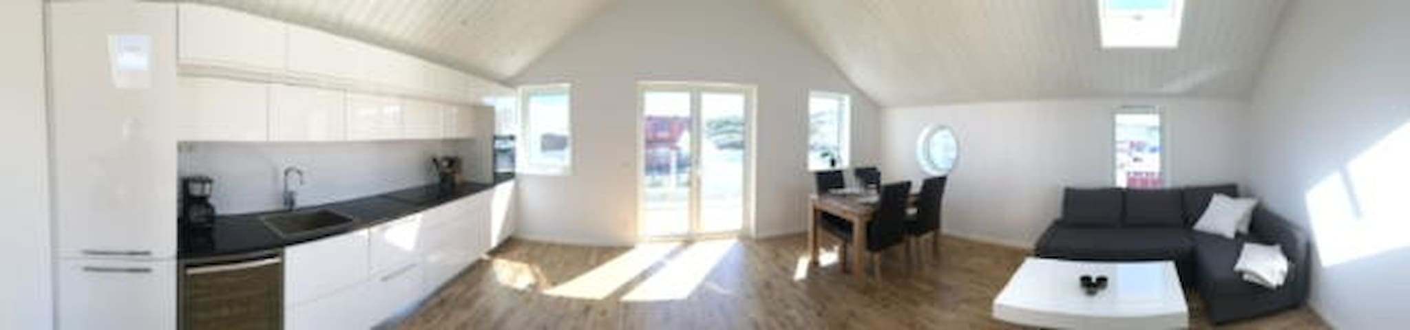 Nybyggd lägenhet vid Smögenhamnen - Sotenäs S - Apartment