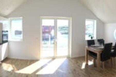 Nybyggd lägenhet vid Smögenhamnen - Sotenäs S