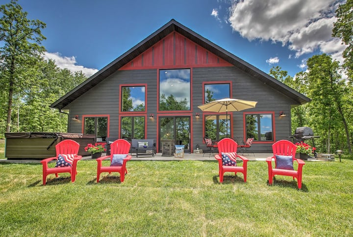 Lakeside Modern Chalet on the Crow Wing Chain