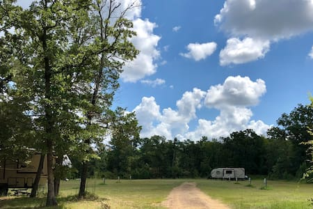 RV Site 05 w/ Full Hookups on a Private Campground
