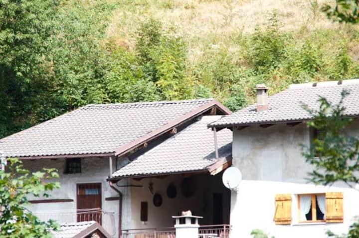 La casa x la tua vacanza nella selvaggia Val Maira