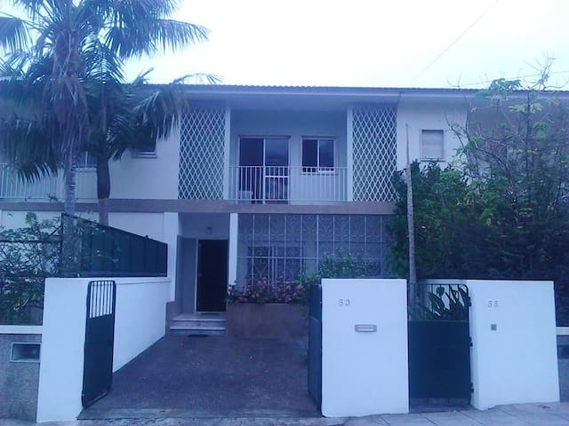 Entire Home With Garden and Sea View in Funchal