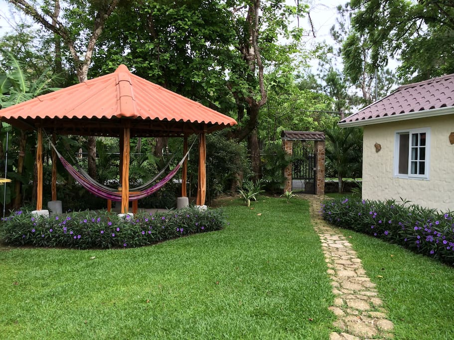 Cabaña Victoria - Cabins for Rent in Anton Valley, Cocle ...