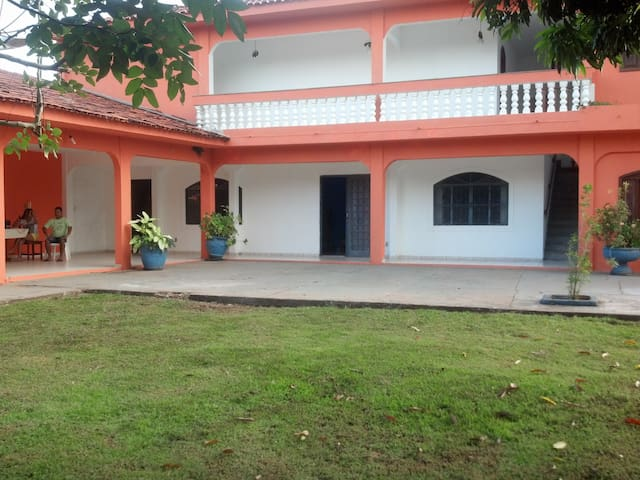 House near Cuiabá - Santo Antônio do Leverger - Huis