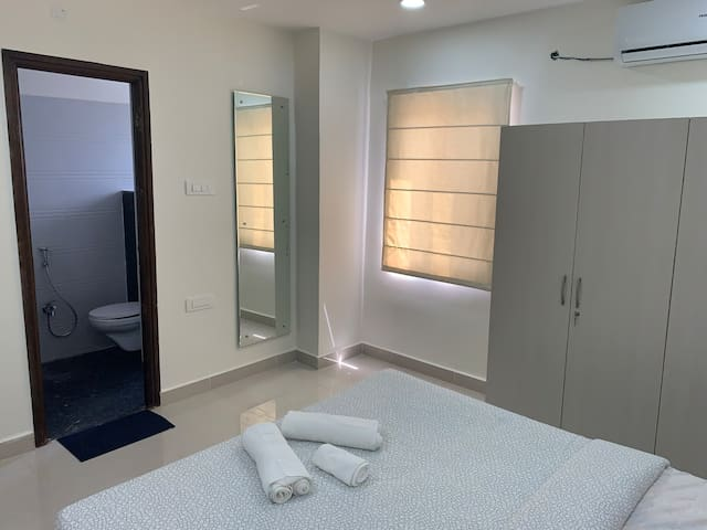 Double bedroom with attached bath
