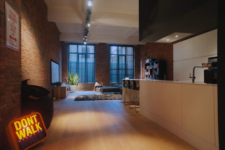 NEW YORK STYLE LOFT IN ANTWERP