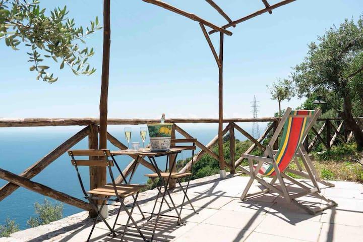 Casa con vista a Furore in Costa d'Amalfi