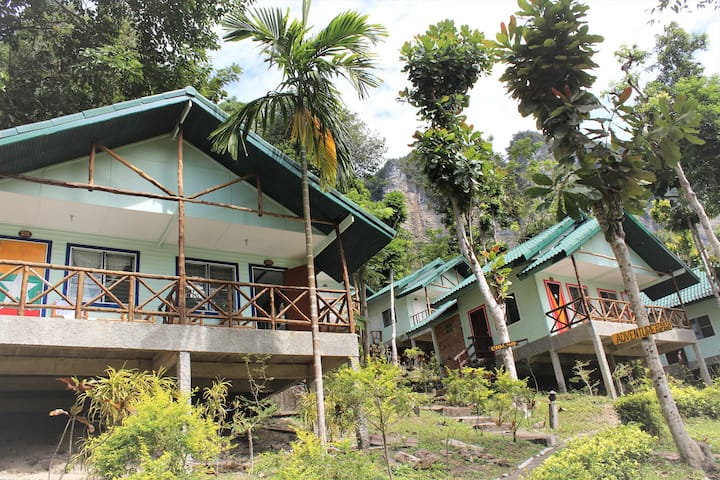 Hillside Cliff Bungalow, Tonsai Beach,Ao Nang