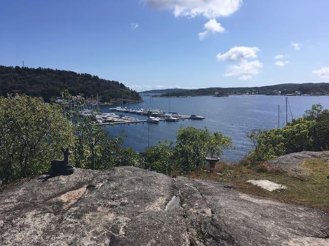Hyggelig hus i Kjøpmannskjær med unik sjøutsikt!