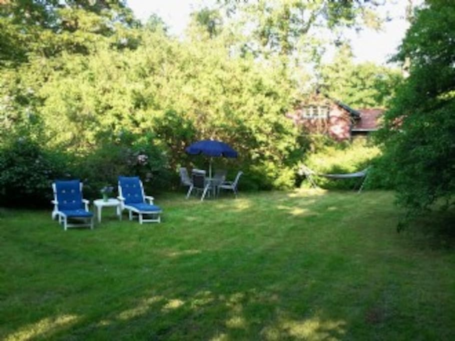 The garden is big and secluded. The house has private parking for up to 3 cars.