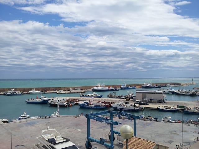 APPARTEMENT VUE EXCEPTIONNELLE  - L'Ametlla de Mar - Lägenhet