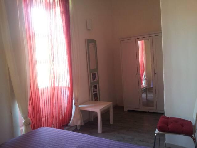 Appartamento centrale con balcone - Santa Marina Salina - Apartment