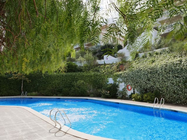 078 Apartment to rent with commun pool  in centrum