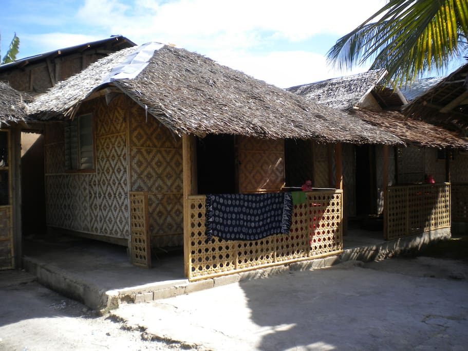Mary's Pamilacan Cottages