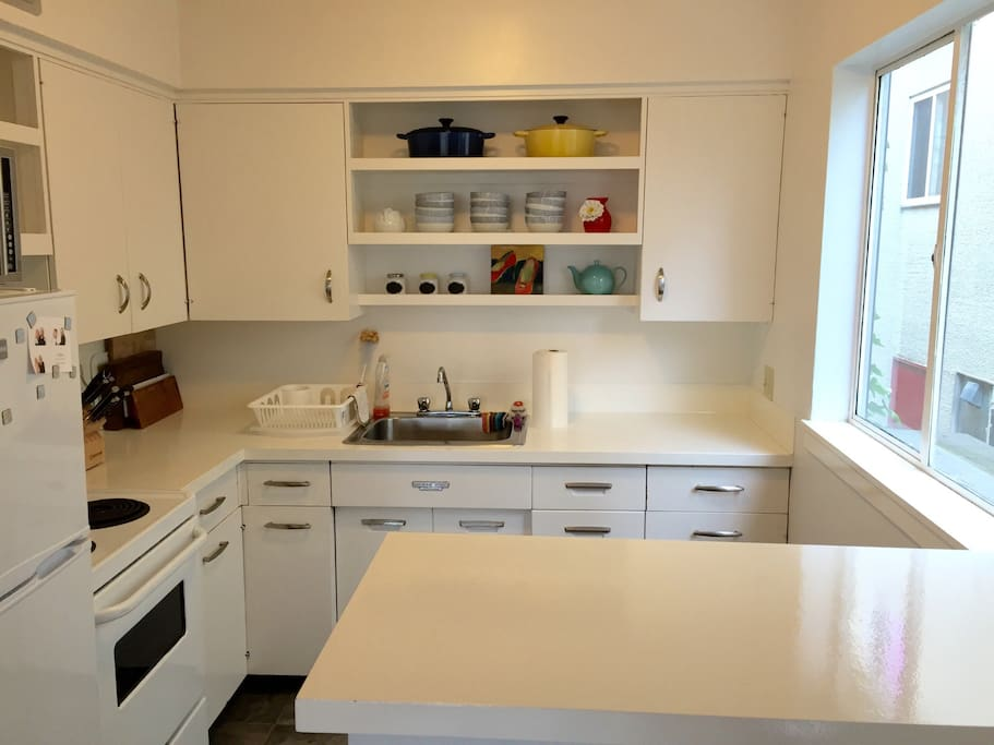 open Kitchen with microwave