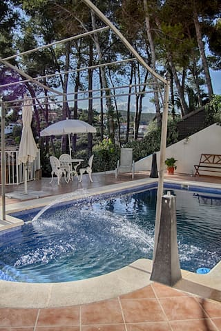 Sitges Villa Aaton, a beautiful shared villa - Olivella - Villa