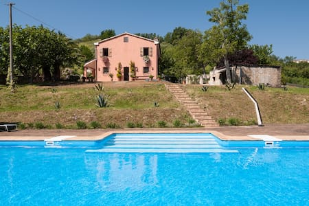 Beautiful Villa amongst the olives - Fermo
