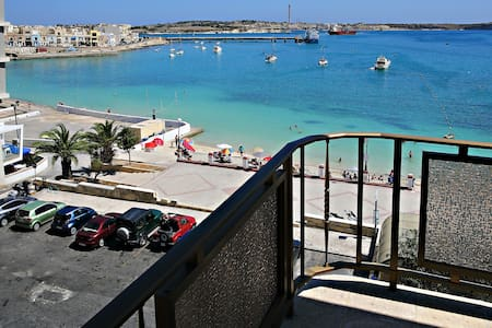 Seafront Self catering Room 4 - Birżebbuġa