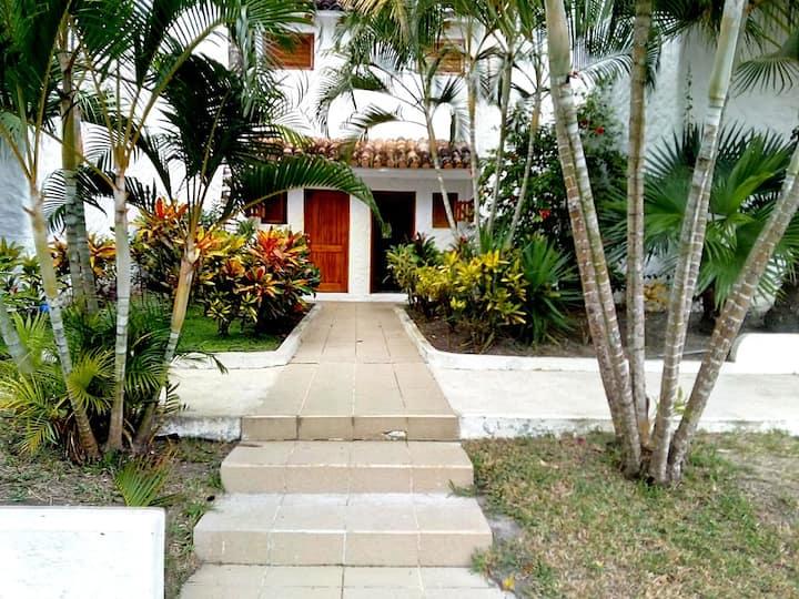 Hermosa casa en Casa Blanca, Altos Del Mar