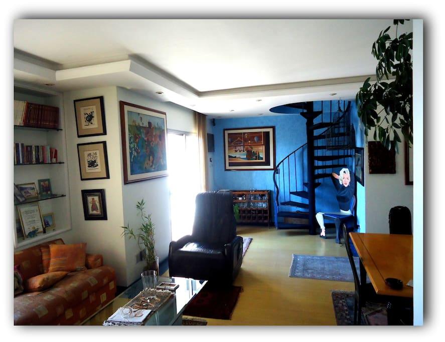 Sala inferior/ downstair livingroom