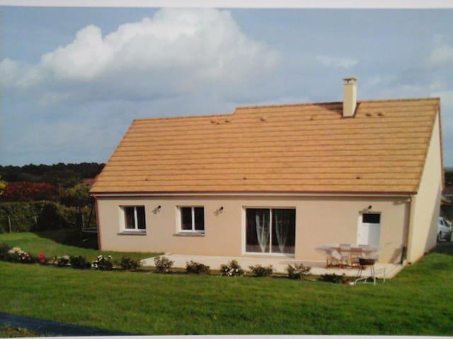 Maison neuve en campagne à 30 km du mans - Pontvallain
