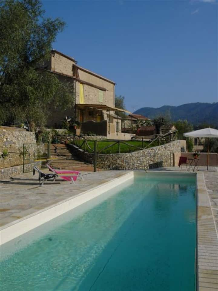 Agrit Re Fenean monolocale 2+2pax, patio,pool,park