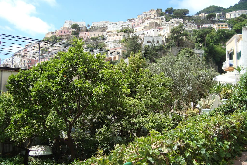The Terrace overviews Positano and the beaches from the other side
