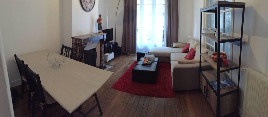 3 pi ces paris 15 apartments for rent in paris le de. Black Bedroom Furniture Sets. Home Design Ideas